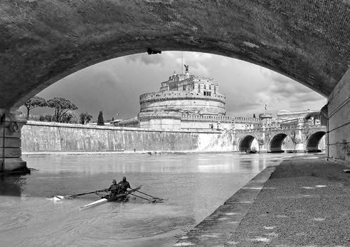 Engelsburg mit Engelsbrücke - Rom
