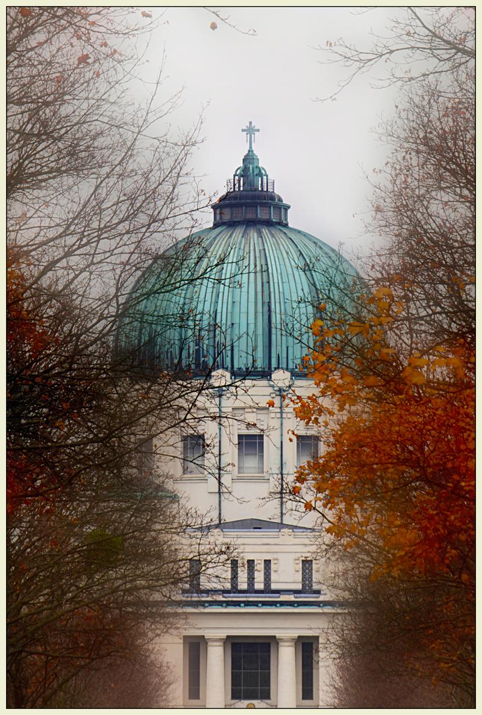 Herbst am Wiener Zentralfriedhof