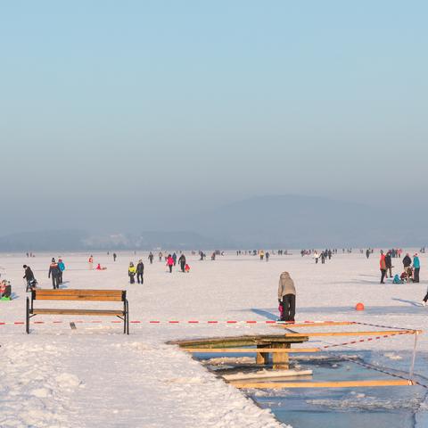 Eislaufen auf dem Wallersee