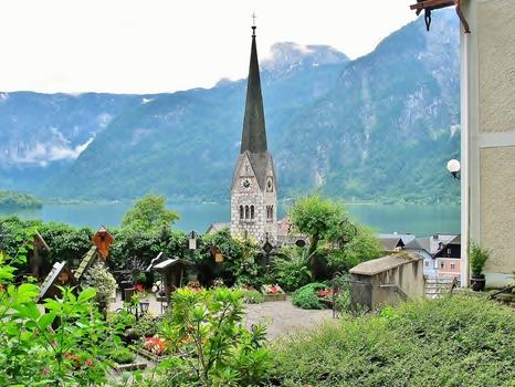 Hallstatt / Turm der Evangelischen Pfarrkirche (auch Christuskirche bezeichnet)