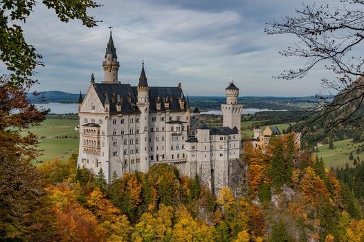 Herbstliches Schloss
