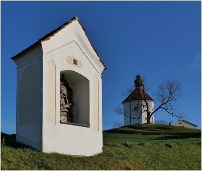 Kreuzwegstation mit Carlone Kapelle (2)