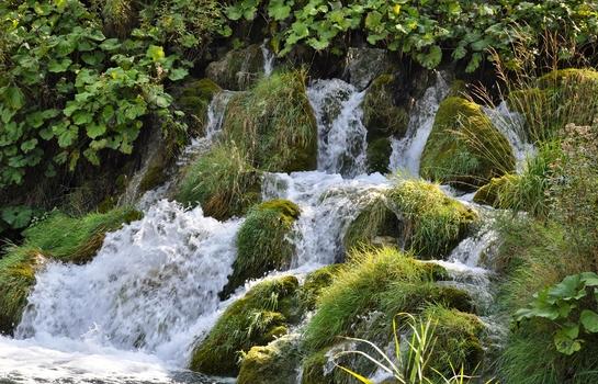 Wiesen-Wasserfall - Plitvicer Seen Kroatien