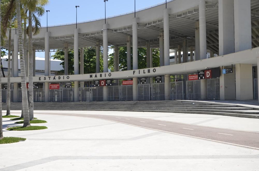 DAS WELTBEKANNTE FUSSBALLSTADION IN RIO