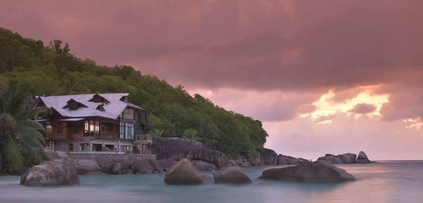 Takamaka Beach