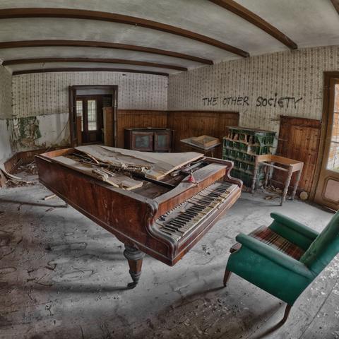 Die verlassene Villa Waldesrand