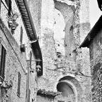 Porta San Giacomo - Assisi / Umbrien / Italien