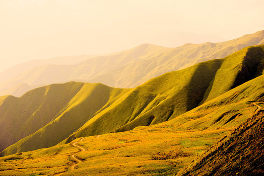 Kaukasus bei Abendsonne