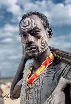 Portrait Karo Krieger, Äthiopien