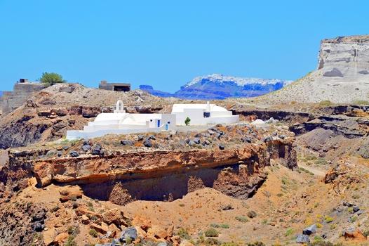 """Kirche in der """"Wüste"""" / Santorin"""