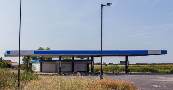 Unweltfreundliche Tankstelle