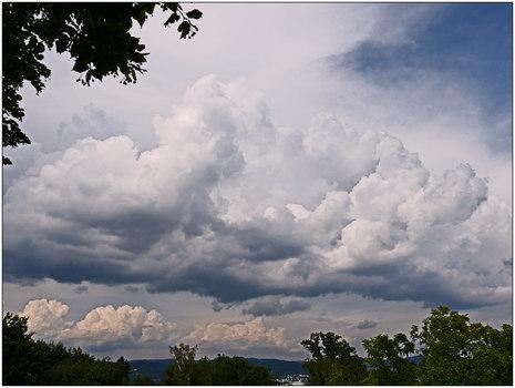 Wolken über Linz