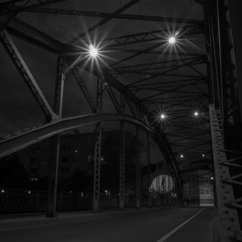 Waasenbrücke bei Nacht
