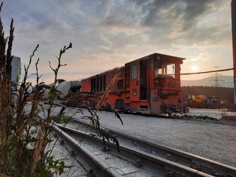Schmalspur Zug beim KAT 3