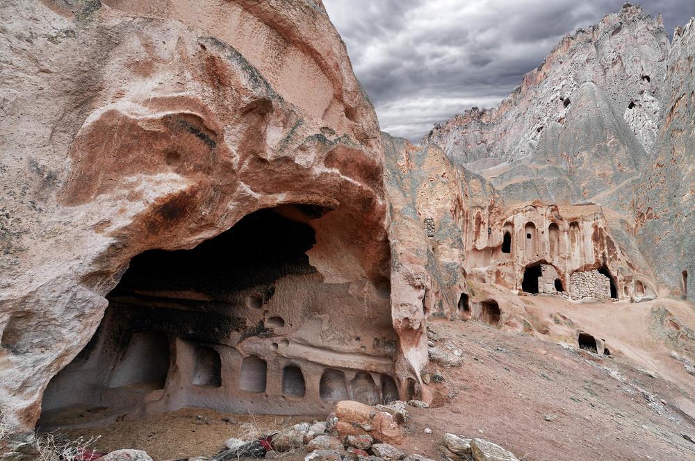 Höhlensiedlungen , von der Erosion der Intimität beraubt #2
