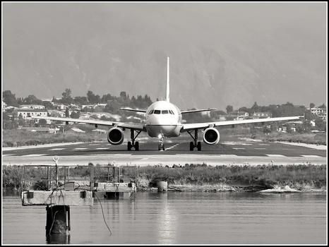 Kérkyra Airport  (Korfu)