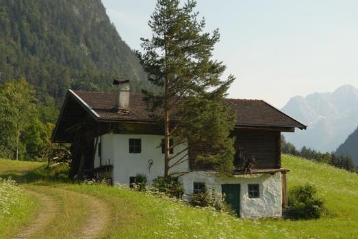 Austraghof 1
