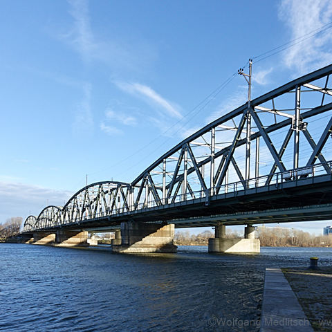 Nordbrücke in der Wintersonne