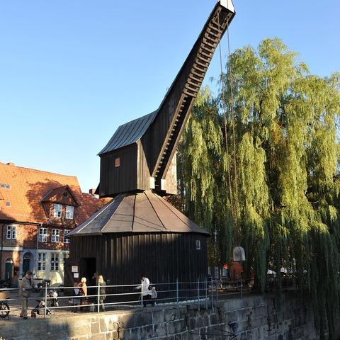 Kran am alten Hafen in Lüneburg