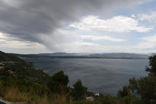 Regen über Loutraki