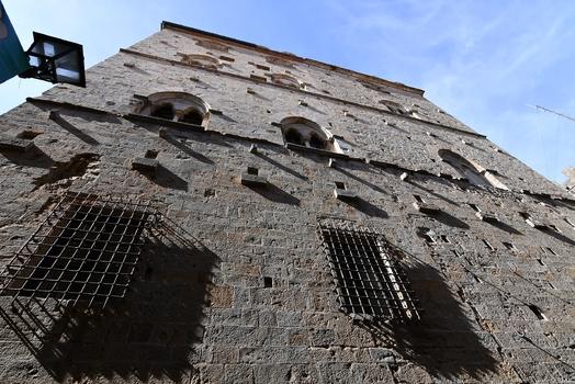 Fassade in Volterra
