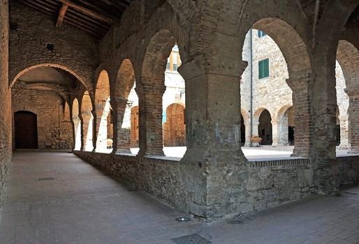 Franziskaner Kloster aus dem 12 Jahrhundert in Suvereto