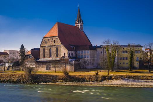 Stiftskirche in Laufen