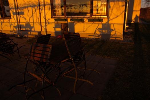 Stille im Wirtshausgastgarten 2