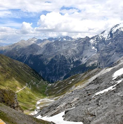 Vom Stilfser Joch Richtung Vinschgau