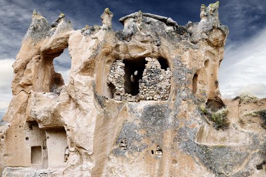 Höhlensiedlungen , von der Erosion der Intimität beraubt #1