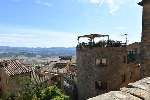 Blick von Volterra über die Toskana