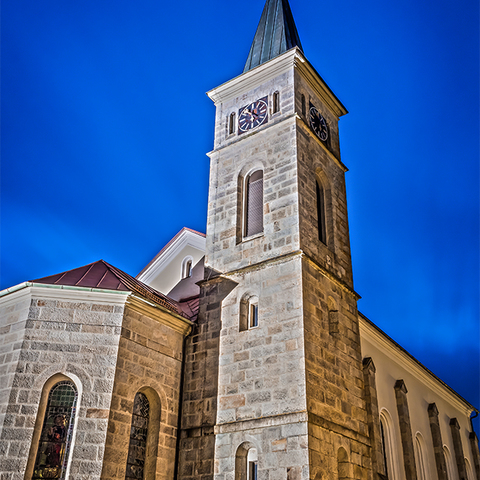Die Pfarrkirche Julbach zur blauen Stunde!