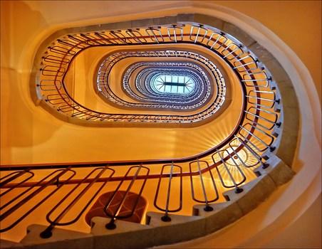 Treppenhaus im neuen Hotel Motto auf der Mariahilfer Straße (ehem Hotel Kummer)