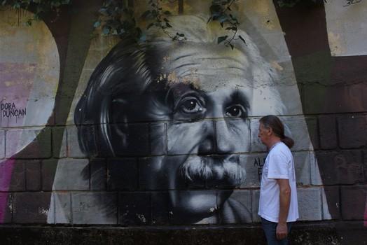 Einstein und Zweistein