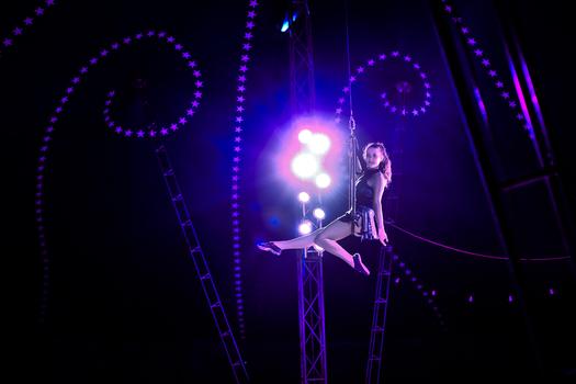 Leica im Zirkus