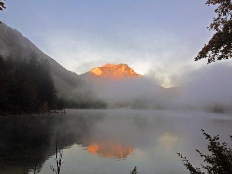 Brunnkogel im Morgenrot