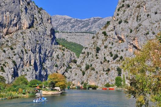 Die Cetina bei Omiš / Dalmatien / Kroatien