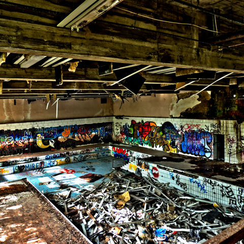 Lost Place Schwimmbad