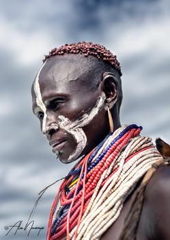 Mann vom Stamm der Karo, Süd-Äthiopien