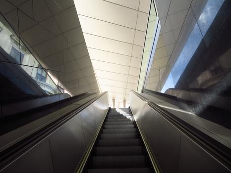 LIcht am Ende der Rolltreppe