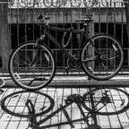 Fahrräder und Schatten