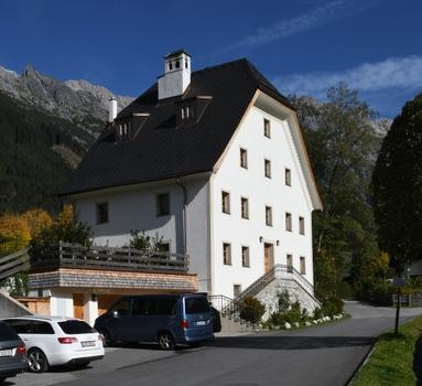 Pfarramt, Hinterthal