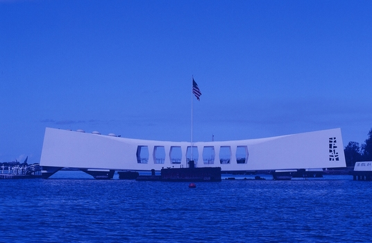 USS ARIZONA MEMORIAL IN PEARL HARBOR OAHU - HAWAII
