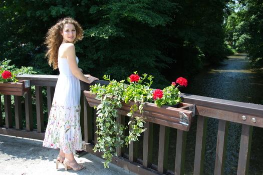 Melanie - Flower Power