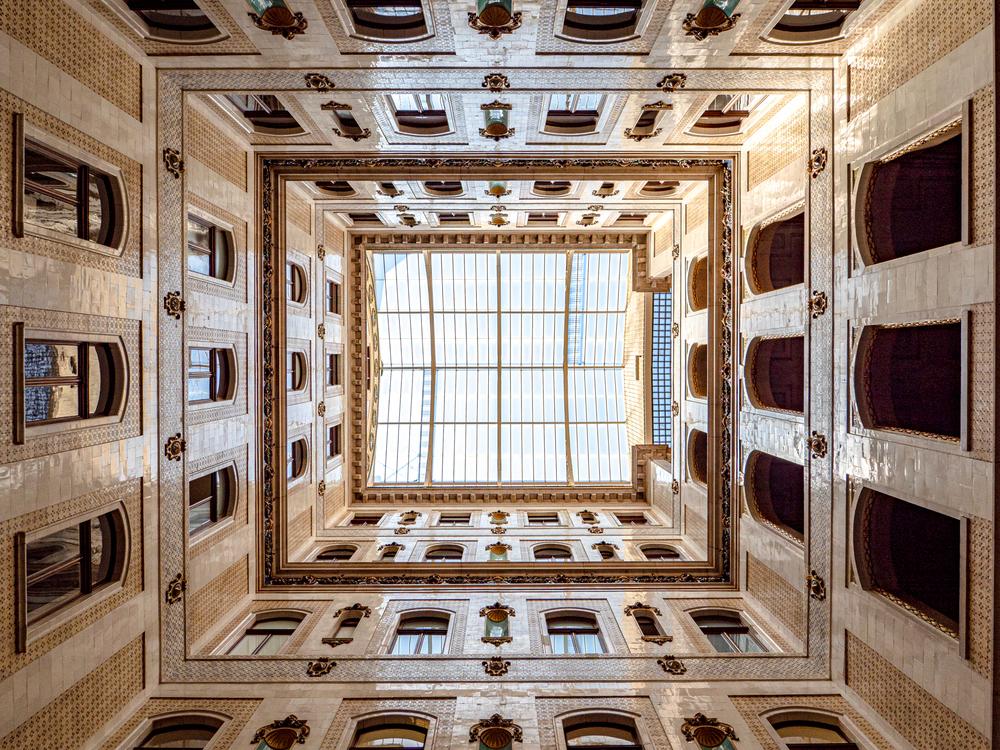 Blick nach oben im Palais