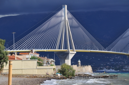 Rio-Andirrio-Brücke - (Griechisches Festland)
