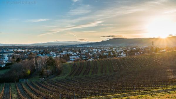 Sonnenuntergang über Baden bei Wien