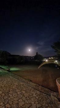 Mondaufgang über der Toskana