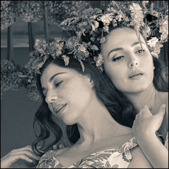 2 Blumenmädchen