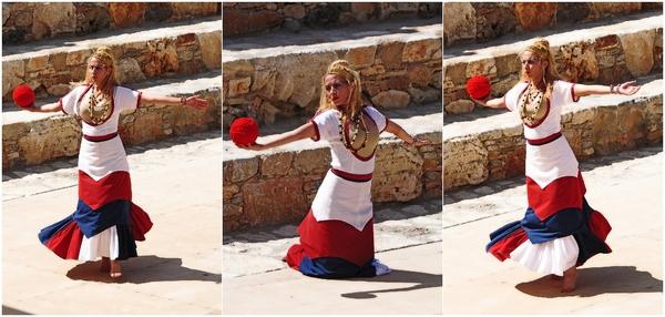 minoisches Tanztheater in Karteros, Kreta, Tänzerin